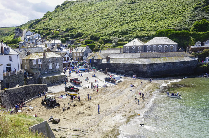 Full-Day Guided Private Port Isaac, Padstow And Tintagel Tour From Devon