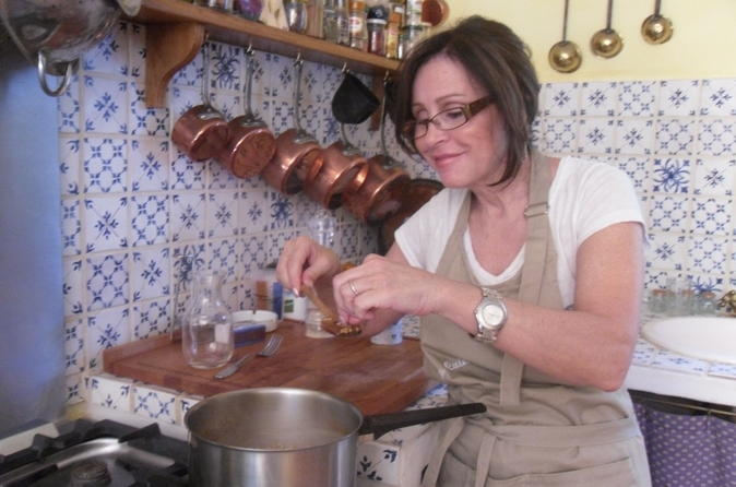Private Cooking Class with Catherine Near Arc de Triomphe