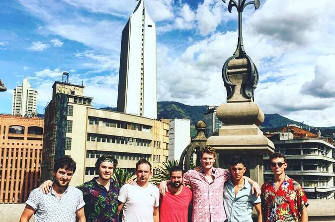 City Tour, Comuna 13 and Graffiti Medellin
