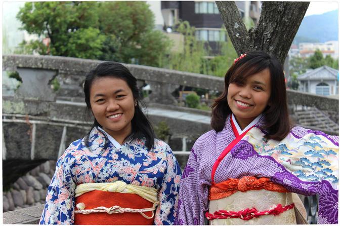 Easy to wear kimono rental by the megane bridge in nagasaki 288740