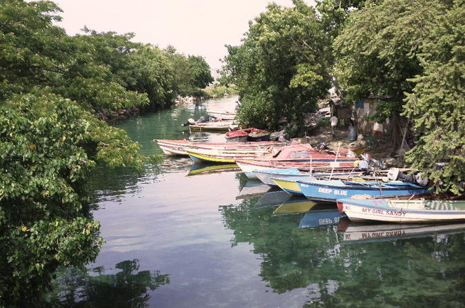 Montego Bay Off The Beaten Path Community Tour of Jamaica in