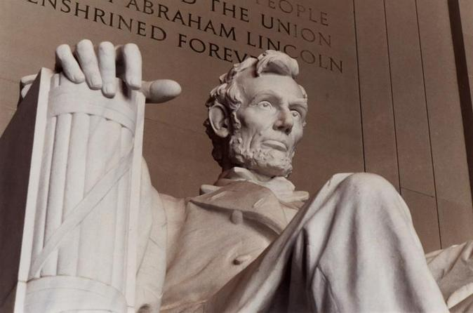 Memorials in Washington DC Bus Tour