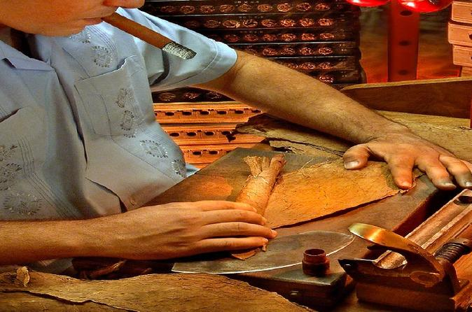 Cigar Lovers Tour from Managua