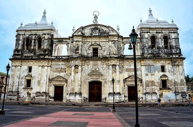 Leon Viejo and Colonial City Tour from Managua