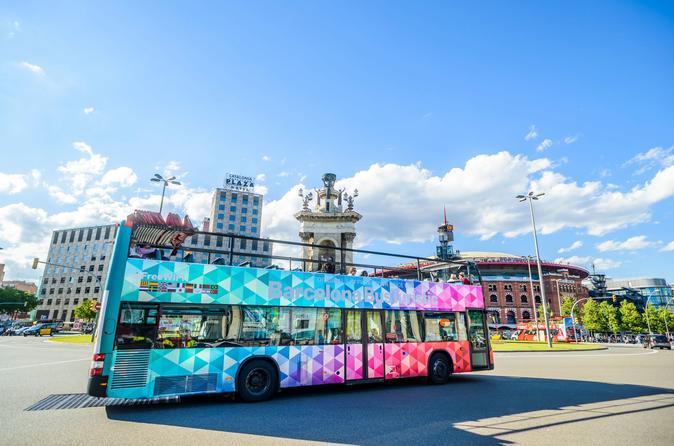 Excursão turística em ônibus panorâmico pela cidade de Barcelona