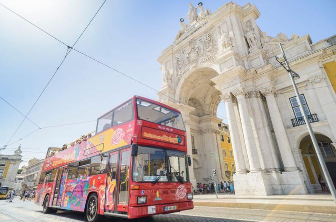 Excursão turística pela cidade de Lisboa em ônibus panorâmico