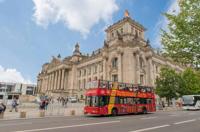 Hopp-på-hopp-av-tur med City Sightseeing i Berlin