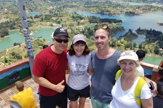 Full-Day Private Guatape Coffee Villa Tour from Medellin