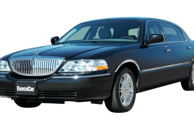 Private Departure Transfer: San Diego Hotels to San Diego International Airport by Sedan