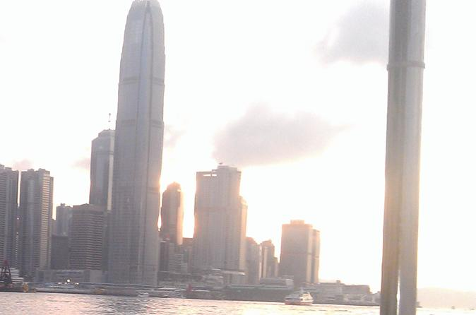 Hong Kong Harbour and Temple 3-Hour Cruise