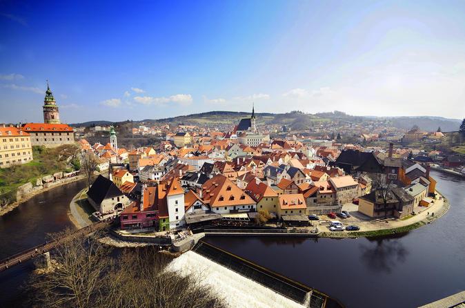Private One-Way Sightseeing Trip From Prague to Salzburg Via Cesky Krumlov