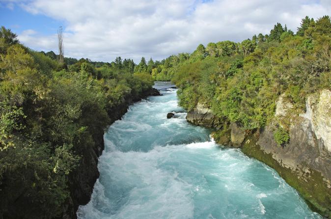 Viagem de 3 dias às Cavernas de Waitomo, Rotorua e Taupo saindo de Auckland