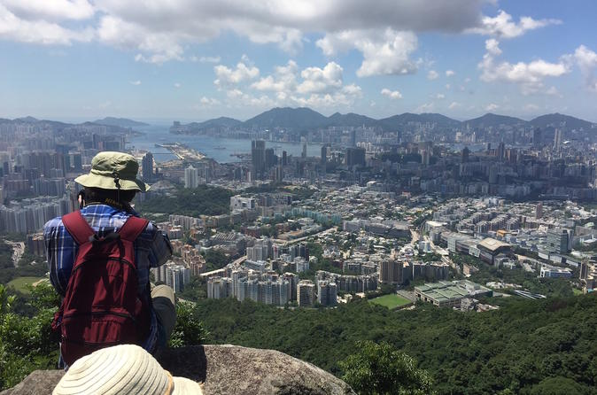 5-Hour Hiking Tour in The Green to Lion Rock in Hong Kong