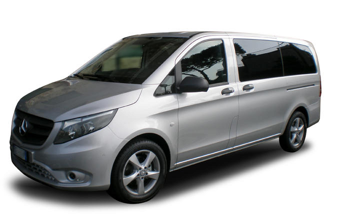 Private Arrival Transfer: Naples Airport to Salerno