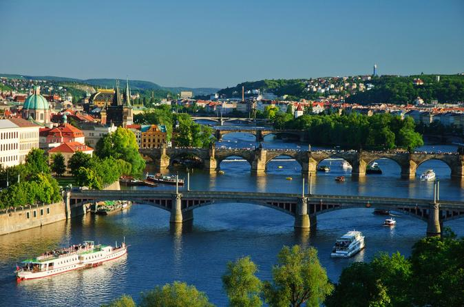 Prague Full-Day-Trip from Vienna with Accommodation Pick-Up