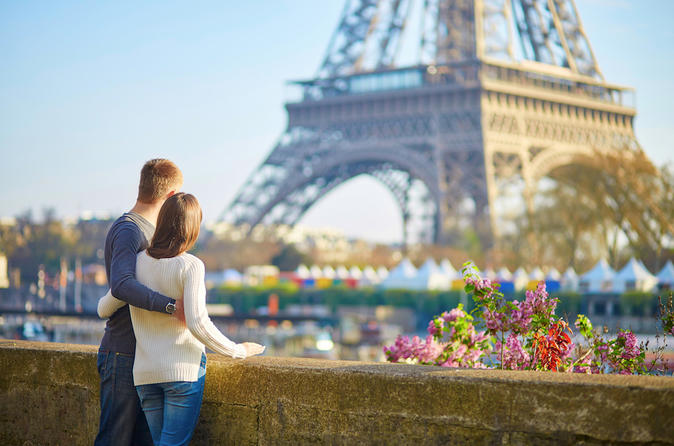 4 hour Sightseeing Tour in Paris