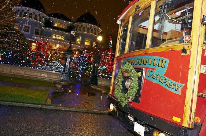 Vancouver Holiday Lights and Karaoke Trolley Tour