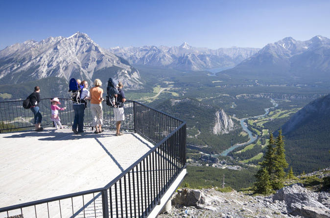 Banff city sightseeing tour in banff 180523