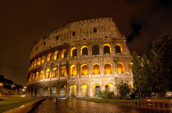 Rome by night walking tour in rome 131193