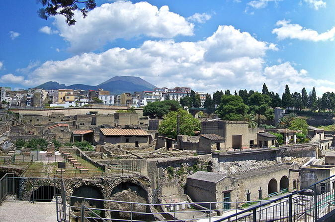 HERCULANEUM DAY TRIP FROM ROME WITH PIZZA LUNCH IN NAPLES