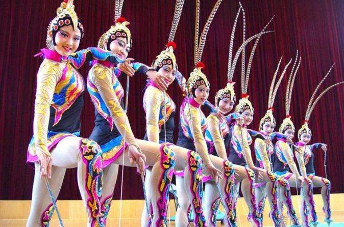 Fengjing Water Town Private Day Trip And VIP Shanghai Acrobatic Show