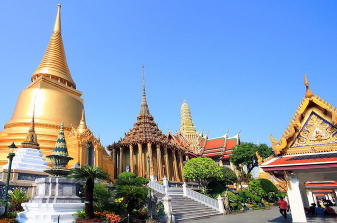 Halbtägige Tempel-Tour in kleiner Gruppe in Bangkok