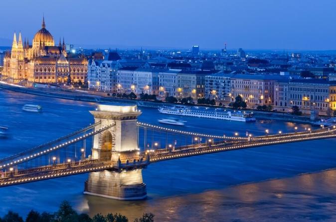 BUDAPEST: KICKSTART YOUR TRIP