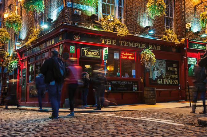 Irish music and whisky - Pub Crawl