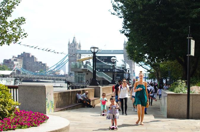 London: Family Friendly Experience with a Local Host
