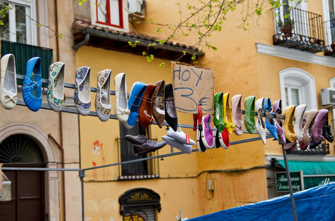 Madrid: Must See Experience with Host