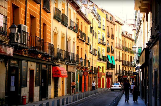 Private: Explore Madrid's La Latina Barrio with Host