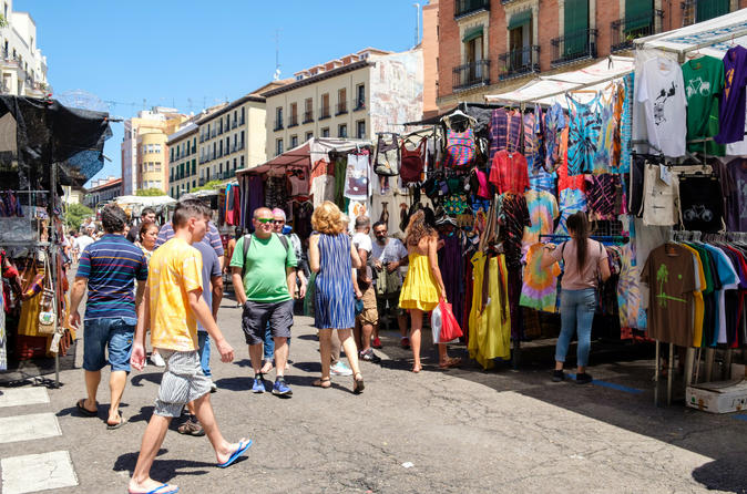 Private: Explore Madrid's Shops and Markets with Host