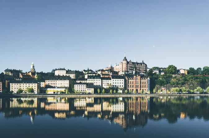 Stockholm: Book a Local Host
