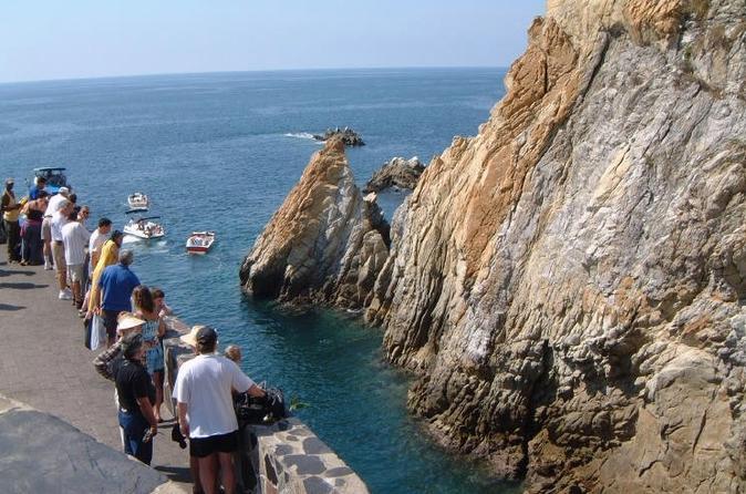City tour de 6 horas por Acapulco: mergulhadores, Capela da Paz e liberação de tartaruguinhas