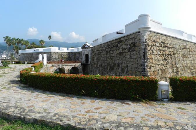 Excursão histórica por Acapulco, incluindo o Fuerte de San Diego e Show de mergulhadores