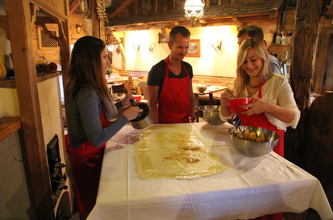 Apple Strudel Cooking Class in Salzburg