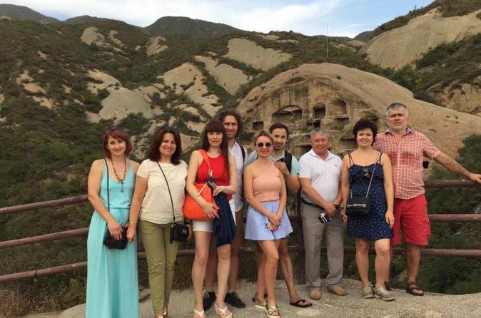 One day new discoveries tour to the Guyaju Caves and Badaling Great Wall