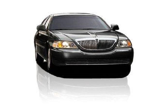 Chicago Airport Private Arrival Transfer by Sedan