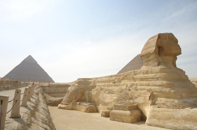 Giza pyramids, Sphinx and Egyptian museum Trip