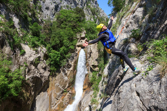 Cetina river extreme canyoning adventure from split in split 395542