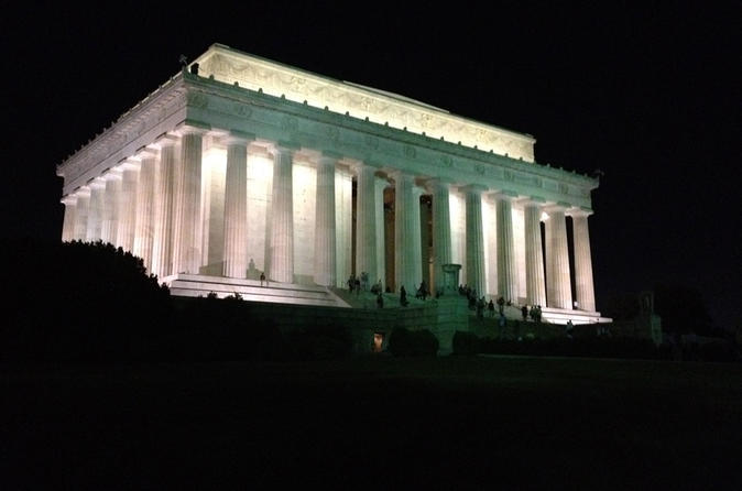 Private moonlight dc city tour by van in washington 309660