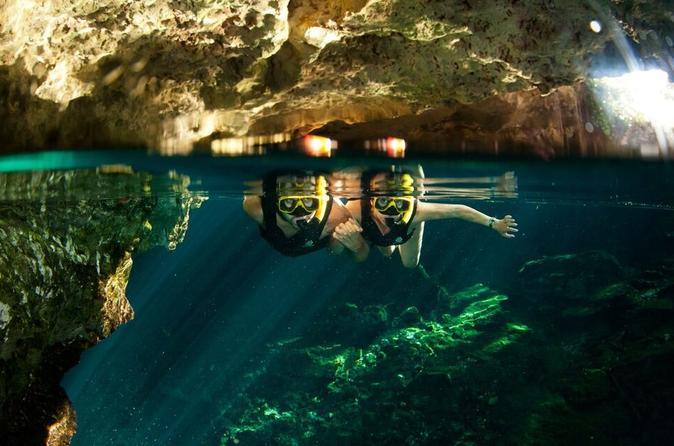 Excursão pela selva de Playa del Carmen: Tulum, mergulho no cenote, passeio em veículo 4x4 e tirolesa