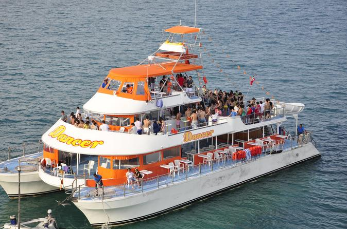 Sightseeing snorkeling and dancing catamaran cruise from cancun in cancun 426388