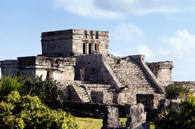Viagem diurna com tudo incluído a Tulum e Xel-Ha saindo de Cancun