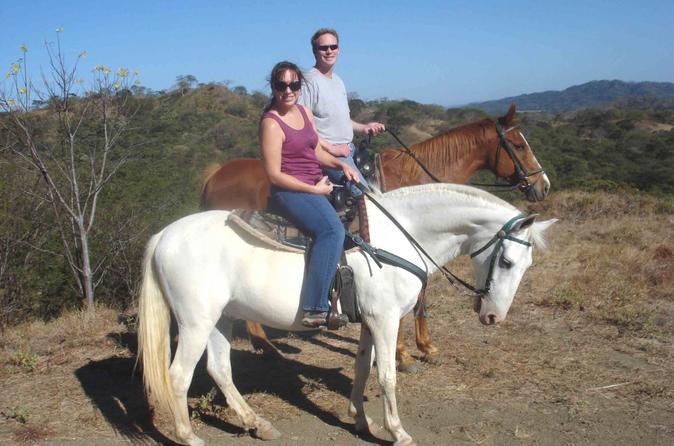 Horseback Tour To Laguna De Apoyo Crater Lake Rim - Granada