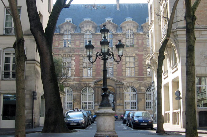 Chic and Classic: Saint-Germain-des-Prés Walking Tour