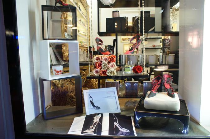 Experience Paris: Small-Group Fashion and Fragrance Insider Tour in the Marais