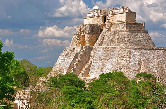 Viagem diurna para Merida Uxmal e plantação de cacau saindo de Cancun e Riviera Maya