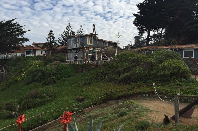 Excursão particular de dia inteiro a Isla Negra, Pomaire e Resorts costeiros, saindo de Santiago
