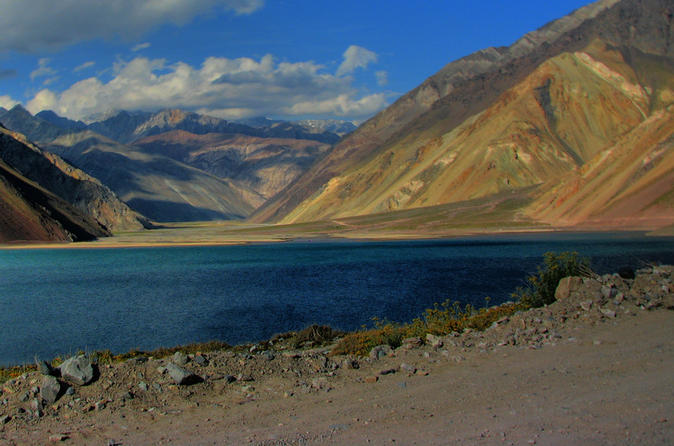 Private Tour: Cajón del Maipo with Lunch and Wine from Santiago